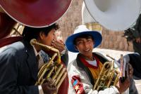 http://www.quatrefotos.net/files/gimgs/th-45_45_37-peru-02-puno-cuzco-072.jpg